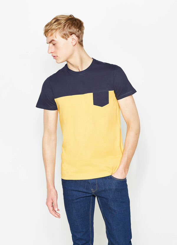 Two-tone T-shirt with pocket | OVS