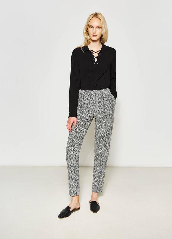 Pantaloni stampa all-over | OVS