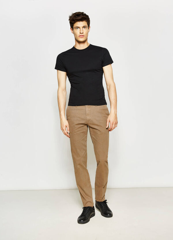 Micro patterned trousers with crease | OVS