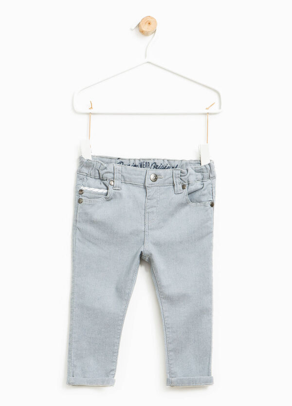 Pantalón en algodón elástico con bajos vueltos | OVS