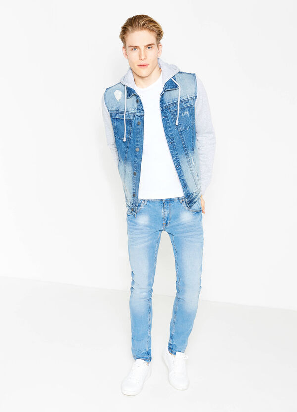 Giubbino di jeans con cappuccio | OVS