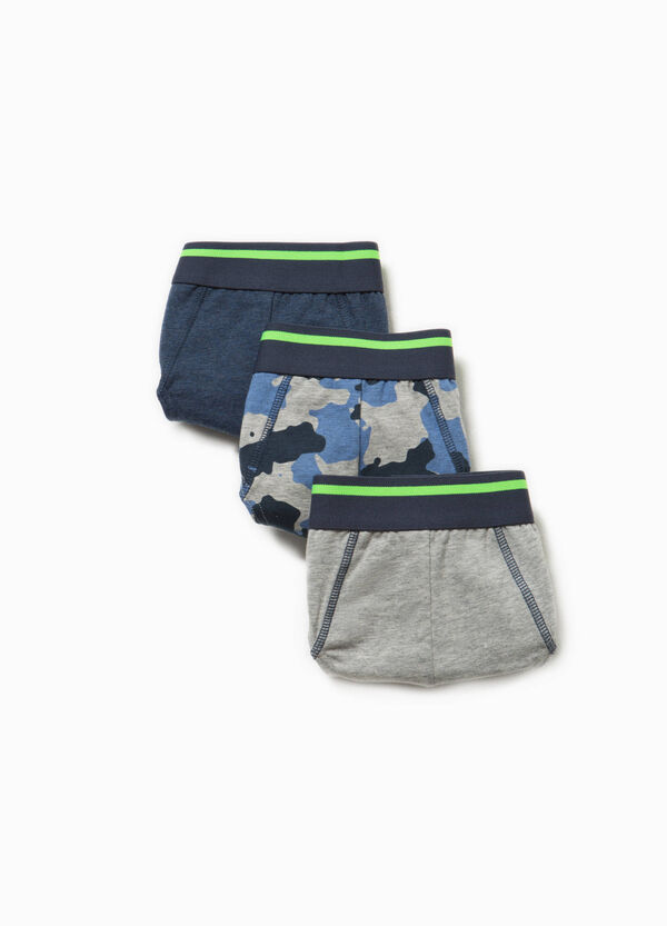 Three-pack cotton solid colour and camouflage briefs | OVS