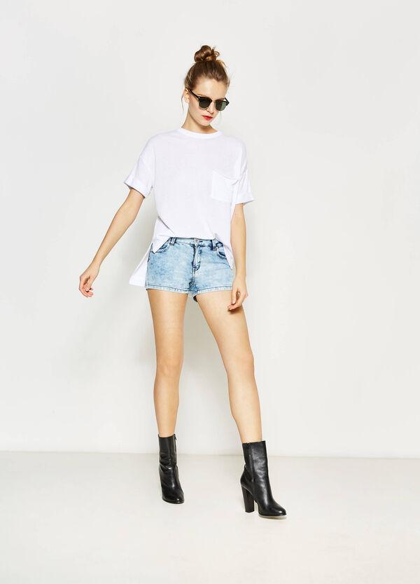 Misdyed-effect denim shorts | OVS