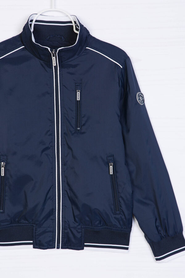 Windbreaker with high neck. | OVS