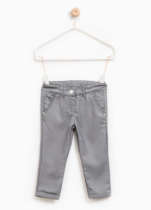 Pantalón en mezcla de viscosa de color liso | OVS