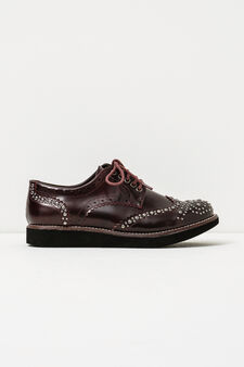 Solid colour brogues with studs, Red, hi-res