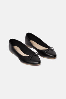 Pointed ballerina pumps with bow, Black, hi-res