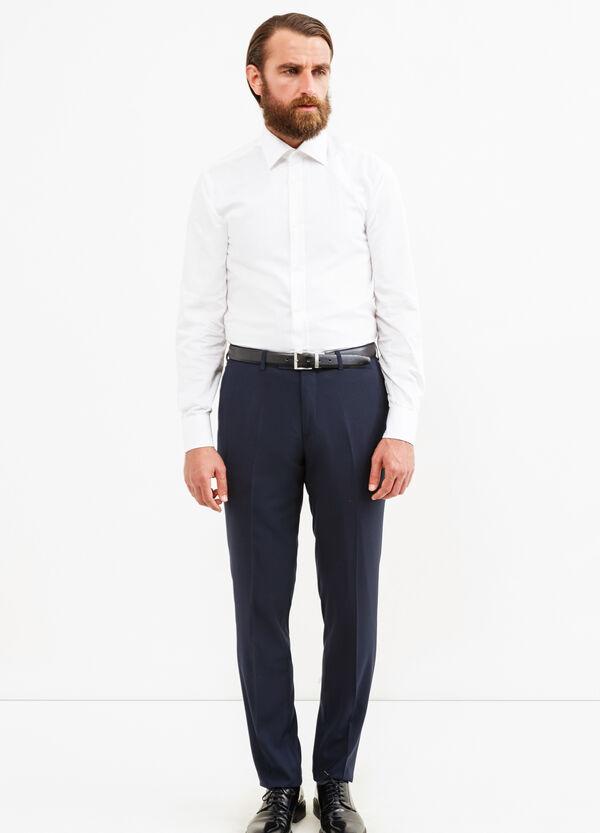Pantalón elegante custom fit de viscosa | OVS