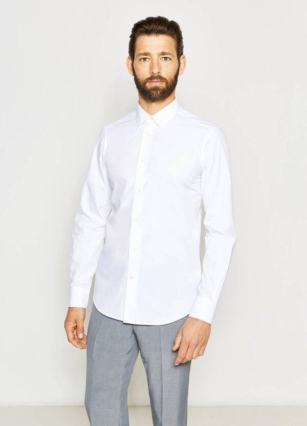 Camisa formal slim fit de algodón en color liso | OVS