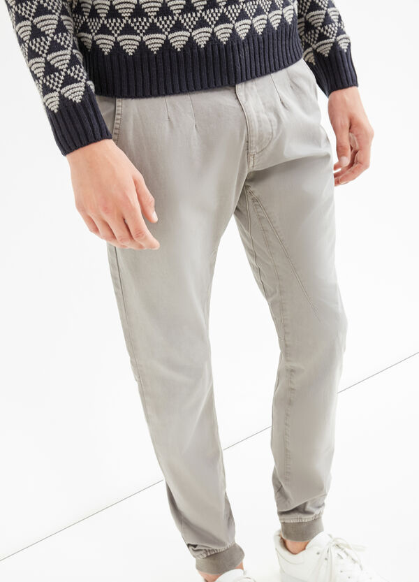 Solid colour stretch slim-fit trousers | OVS