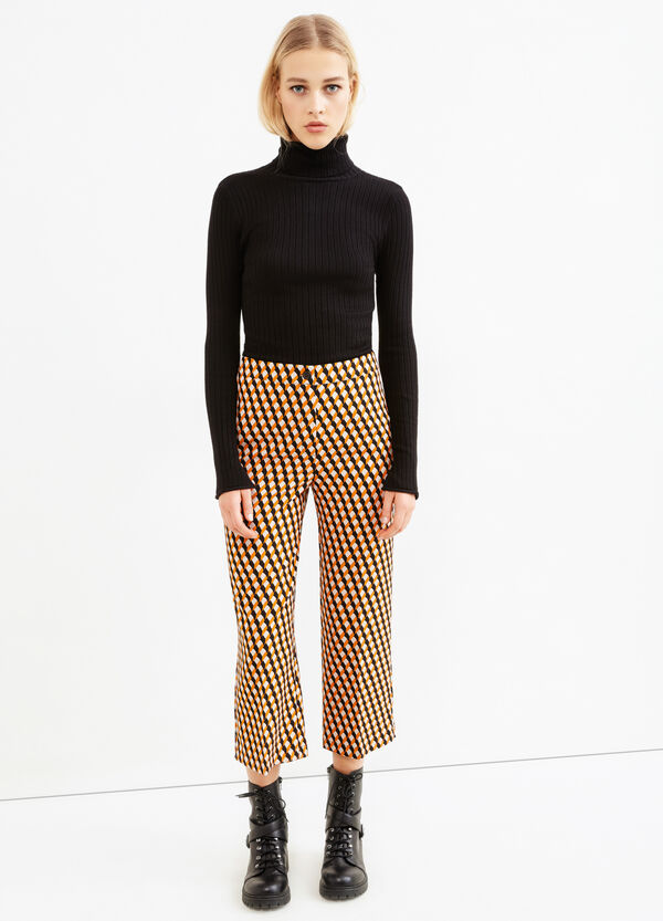 Cropped trousers with geometric pattern   OVS