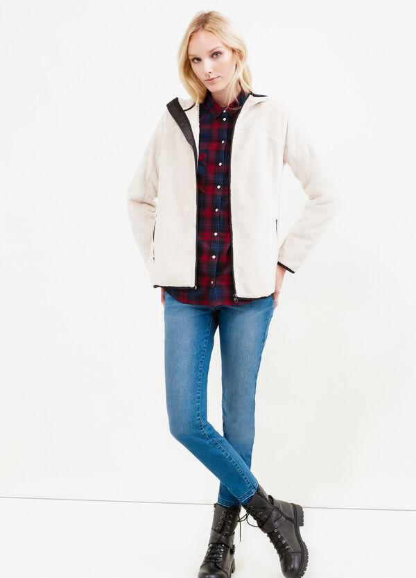Sudadera en tejido polar con capucha. | OVS