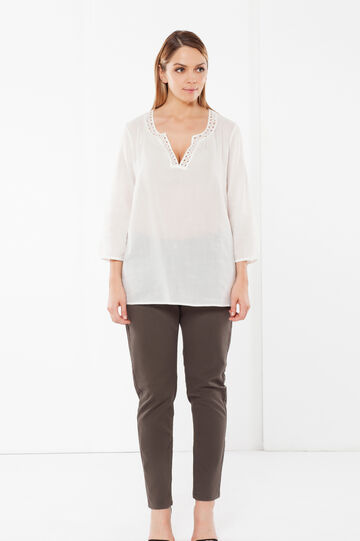Curvy blouse with openwork neckline