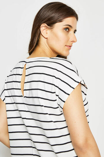 Curvy striped T-shirt with lace