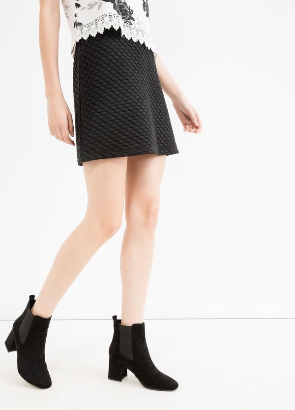 Stretch mini skirt with raised polka dots | OVS