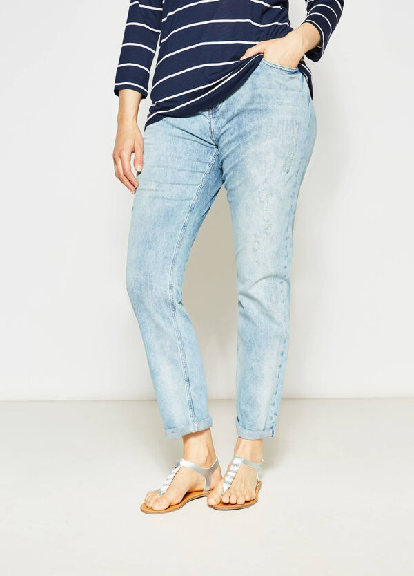 Curvy used-effect stretch jeans with embroidery | OVS