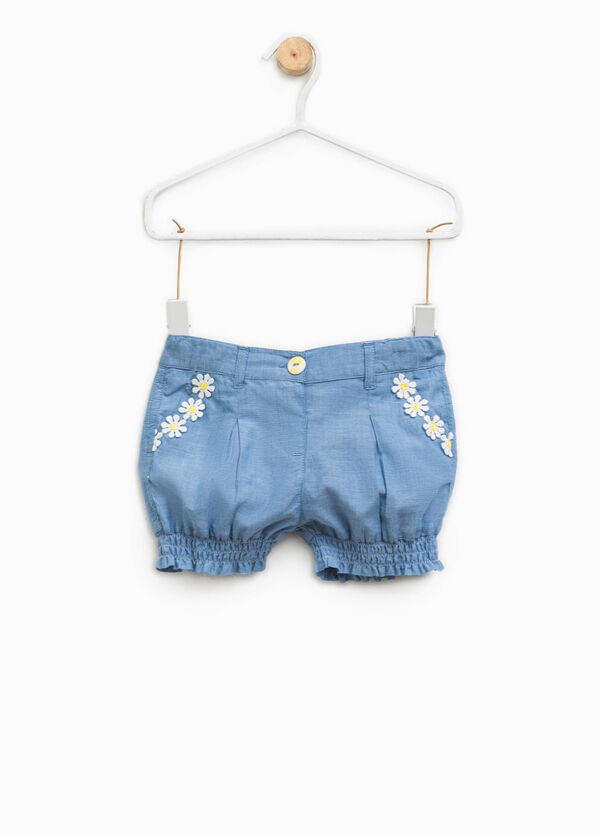 Denim shorts with flowers | OVS