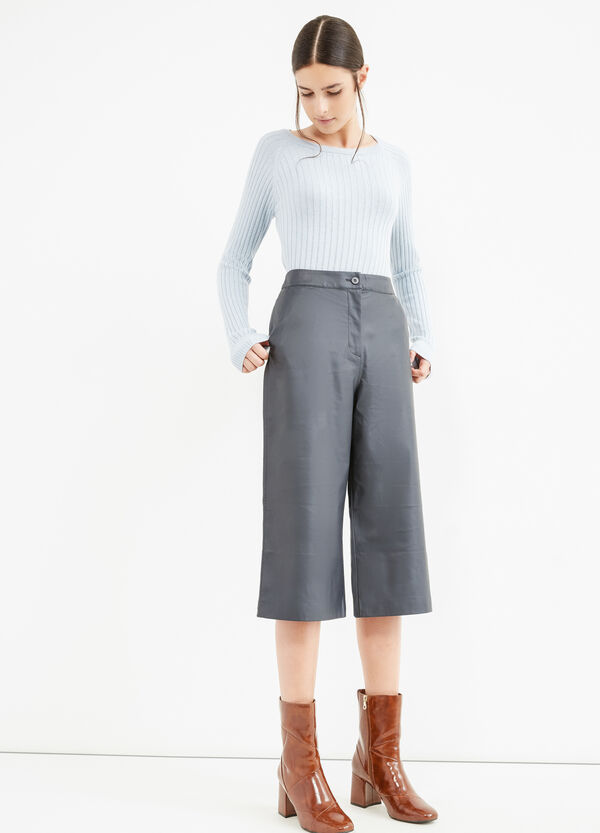 Solid colour high-waisted Gaucho trousers.   OVS