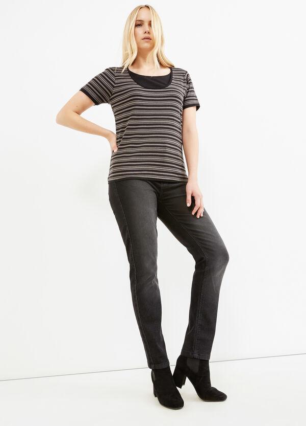 Camiseta Curvy en algodón 100% con efecto falso doble | OVS