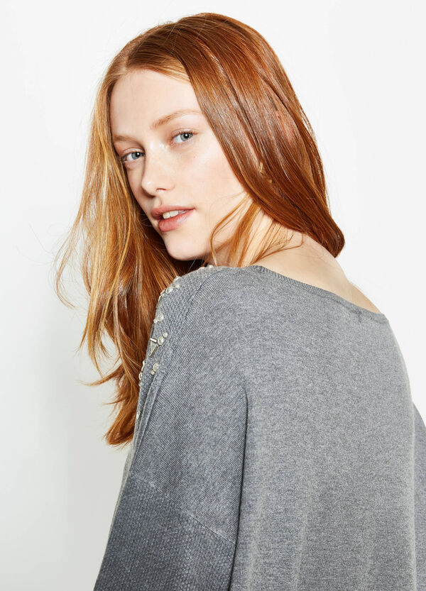 Curvy knit pullover with studs | OVS