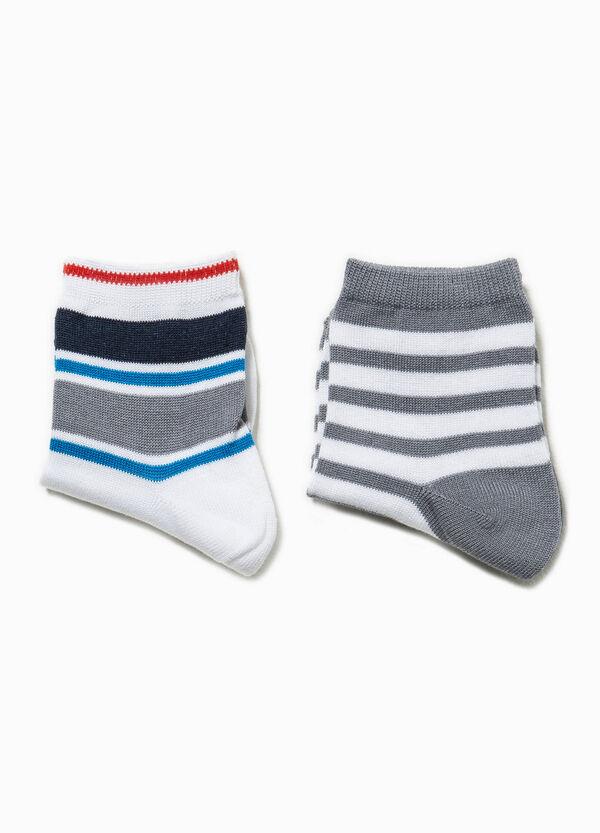 Set due paia di calze corte a righe | OVS