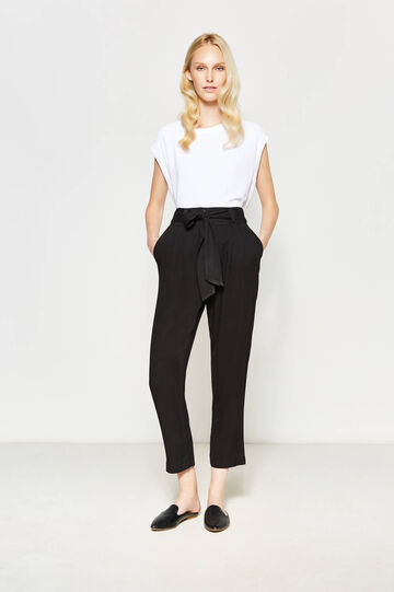 Trousers in 100% viscose with belt