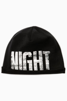 Beanie cap with printed lettering, Black, hi-res