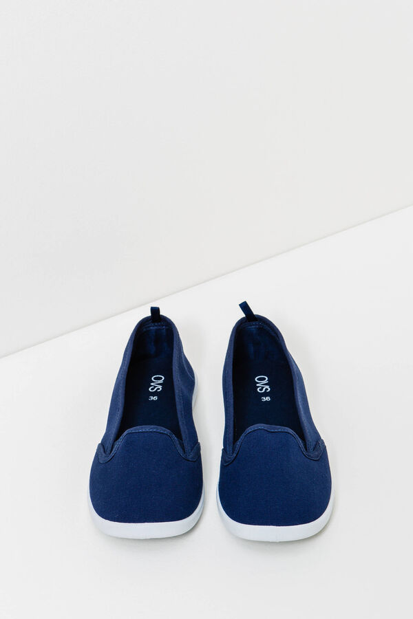 Solid colour canvas slip-ons | OVS