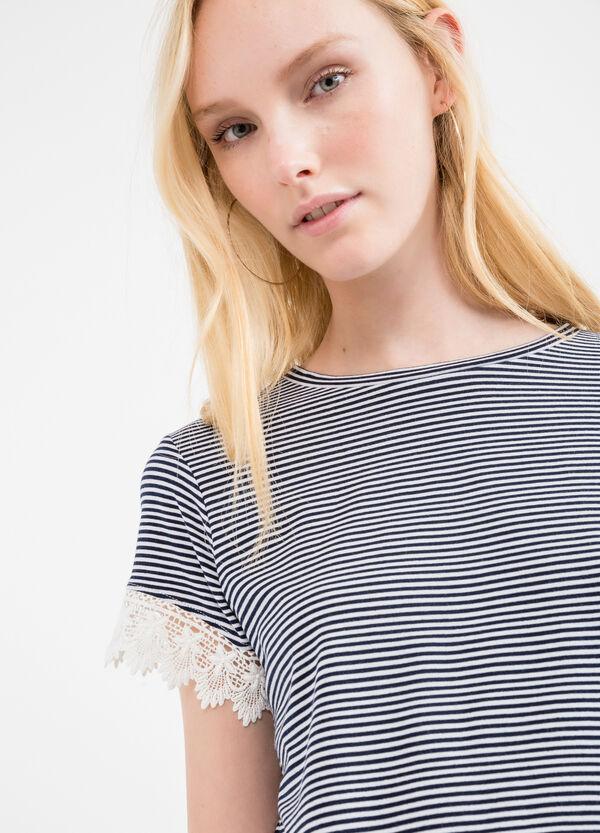 T-shirt crop viscosa stretch fantasia | OVS