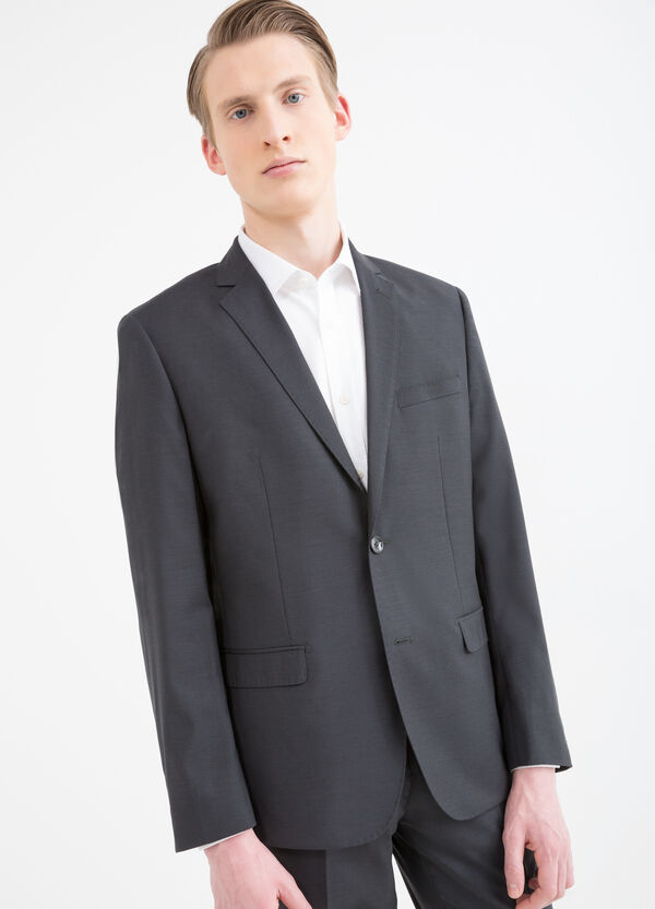 Elegant, slim-fit suit in pure wool | OVS