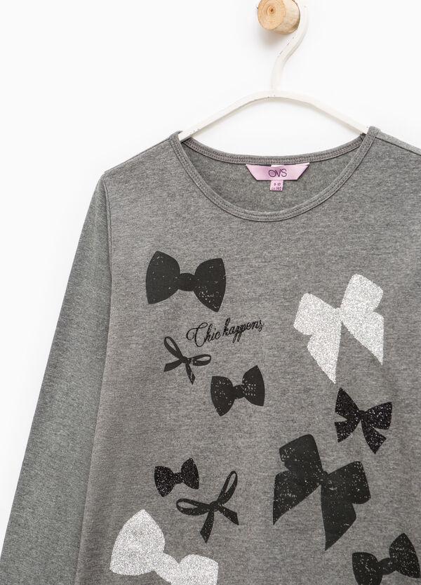 Camiseta elástica con estampado | OVS