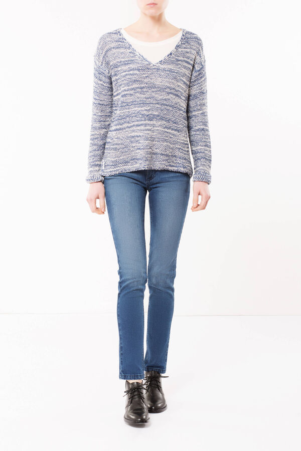 Two-tone V-neck sweater | OVS