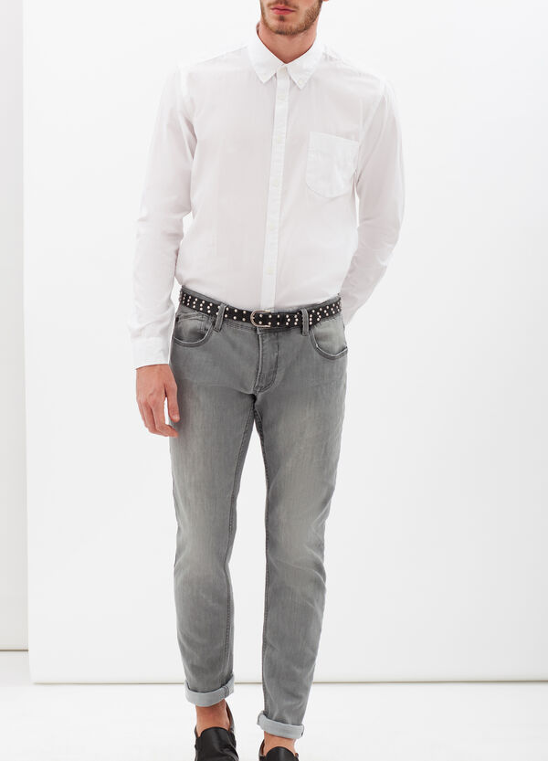 Plain slim-fit shirt. | OVS