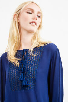 Blusa traforata con nappine, Blu scuro, hi-res