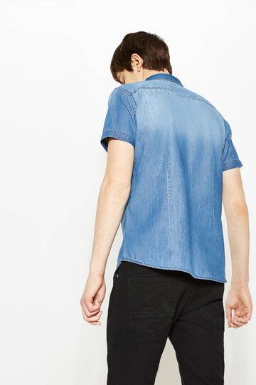 Slim-fit casual denim shirt with short sleeves, Medium Wash, hi-res
