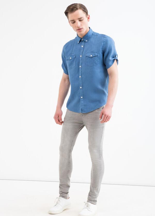 Solid colour 100% linen shirt. | OVS