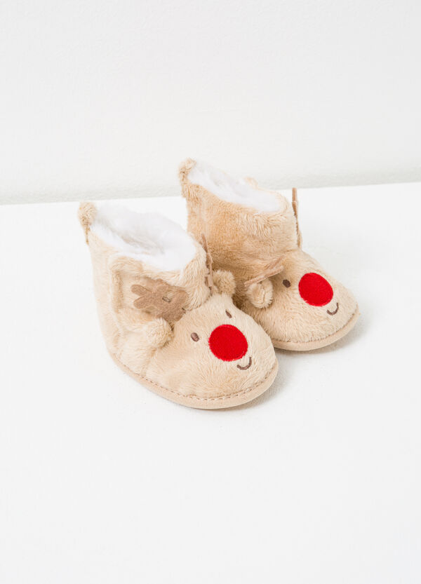 Faux fur boots with embroidery and patches | OVS