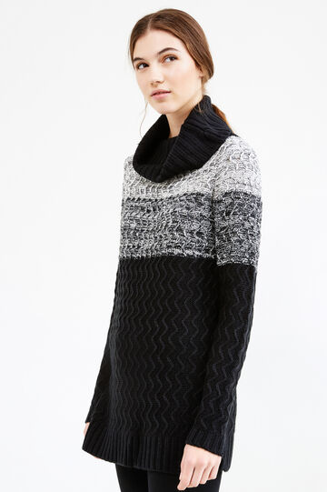 Pullover lungo tricot con collo alto, Nero/Bianco, hi-res
