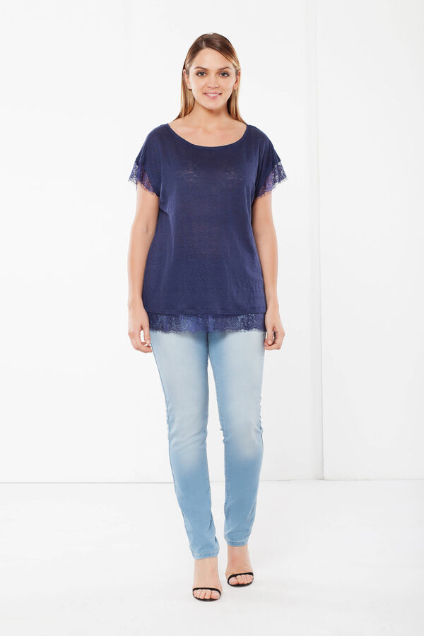 Curvy linen blend T-shirt with lace | OVS