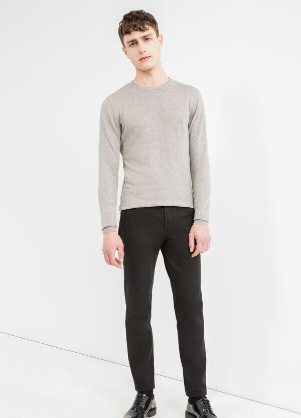 Jersey en mezcla de viscosa y lana con cuello redondo | OVS