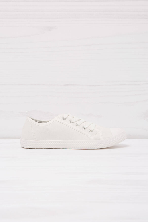 Solid colour low-rise sneakers. | OVS