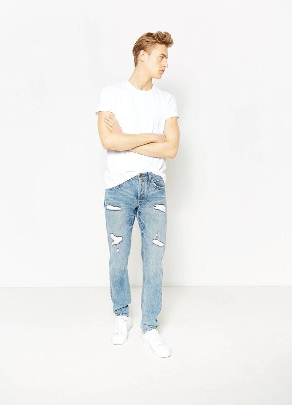 Jeans straight fit con strappi | OVS