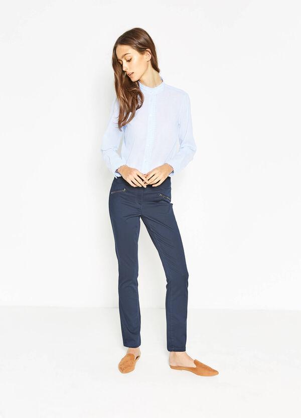 Pantaloni in cotone stretch con zip | OVS