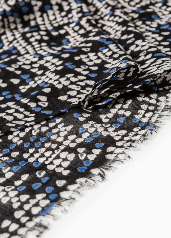 Patterned scarf with fringed edges | OVS