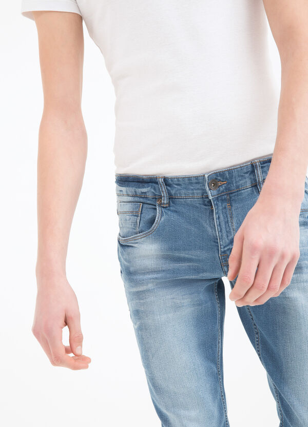 Jeans skinny fit effetto used | OVS