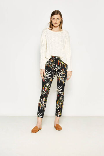 Crop trousers with floral print