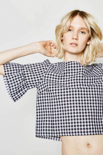 Sleeveless check blouse with flounce