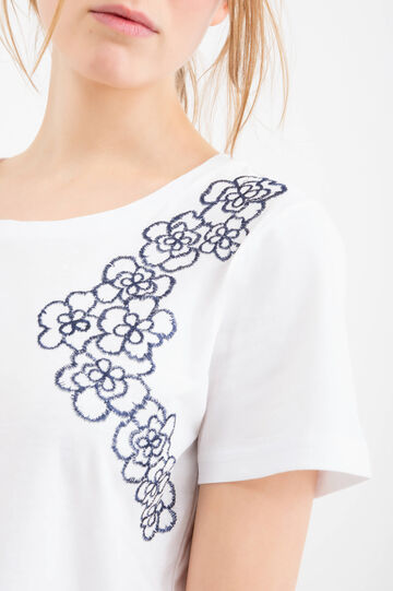 100% cotton T-shirt with embroidery, White, hi-res
