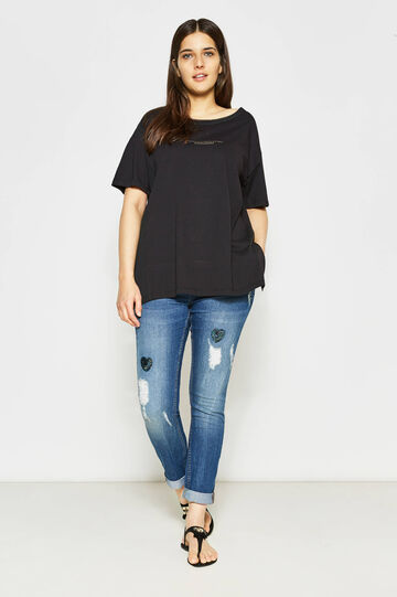 Curvy T-shirt with printed lettering