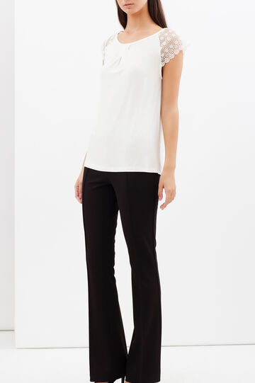 T-shirt con maniche in pizzo, Bianco latte, hi-res